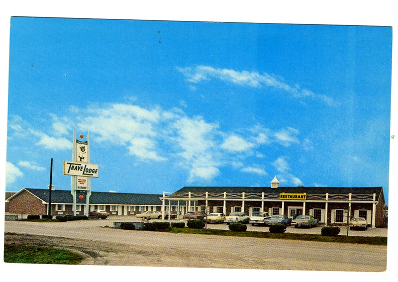 Emporia (KS) United States  city pictures gallery : Emporia Kansas Travel Lodge Motel Postcard Highway 50 | eBay